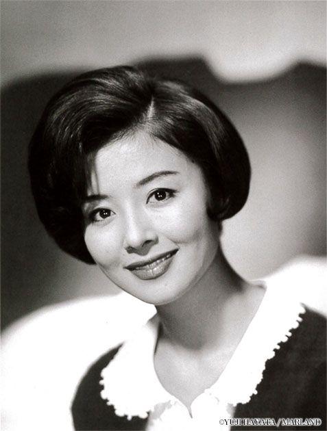 Hoshi Yuriko (星由里子) 1943-, Japanese Actress
