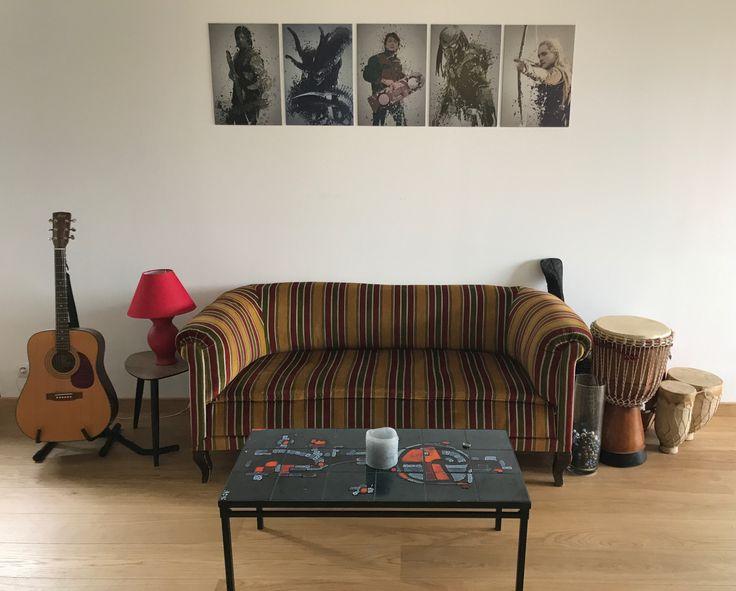 recevoir le client dans de bonnes conditions canap ann es 20 table basse ann es 70 et. Black Bedroom Furniture Sets. Home Design Ideas