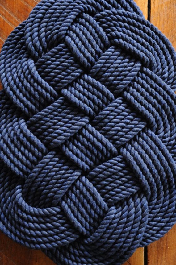 17 best ideas about rope rug on pinterest hand crochet for Rope bath mat
