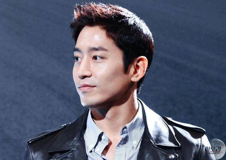 """Eric Mun - member of Shinhwa, actor (LOVE him in """"Oh Hae Young Again"""")"""
