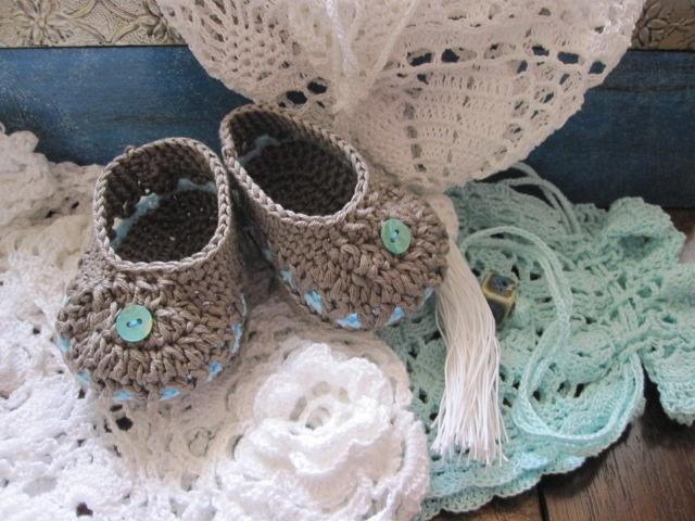 http://janita-j-m-m.blogspot.com/ #crochet: Crochet Stuff, Crochet Booty, Crochet Slippers Booty, Crochet Shoes, Fringues Crochet, Baby Crochet, Crochet Babies, Crochet Babysho, Fringu Crochet