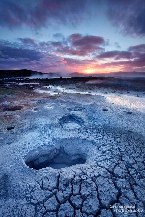Midnight Sun Gunnuhver,  Iceland