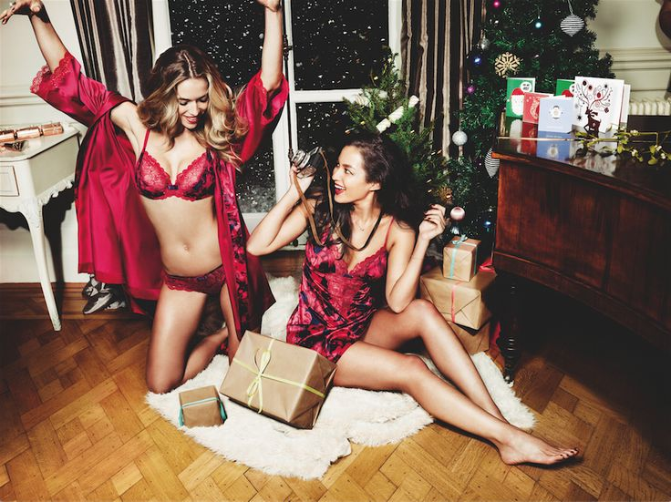 Presents and #TriumphLingerie, a winning combination.  Photographed: Chemise Sateen Lacce Nightdress and Beauty-Full Starlet Padded Wired Bra and Hipster String