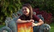 Klara Castanho leva mãe e melhor amiga em game do Estrelas http://gshow.globo.com/programas/estrelas/videos/t/programas/v/klara-castanho-leva-mae-e-melhor-amiga-em-game-do-estrelas/4529489/
