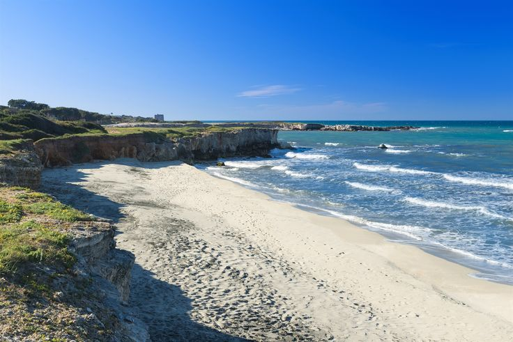 Salento d'autunno, mare blu profondo - VanityFair.it #WeAreInPuglia
