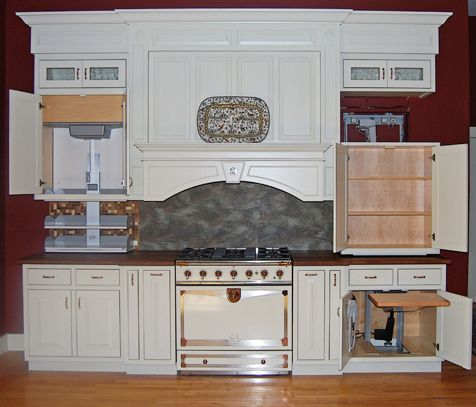 This Display Kitchen Shows Universal Design Features It Has A Shelving Lift An Upper