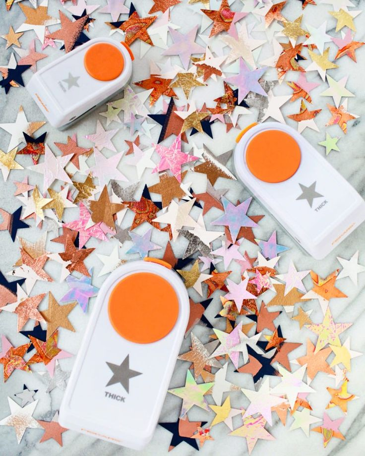 Because who doesn't love a whole lot of sparkle? This DIY from Oh so Beautiful Paper is the perfect centerpiece idea for your next party; whether it's a wedding, birthday, or baby shower. Click in to let the fun begin with our Thick Materials Star Punch.