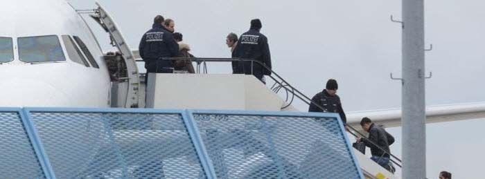 Deutschland eine Lachnummer bei Abschiebungen: Afghanen tauchten vor Abflug unter