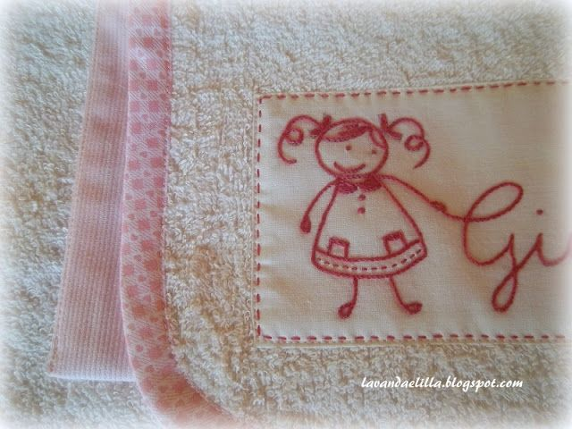 Lavanda e Lillà: Set Asilo: Bavaglia, Asciugamano e Bustina porta Bavaglia
