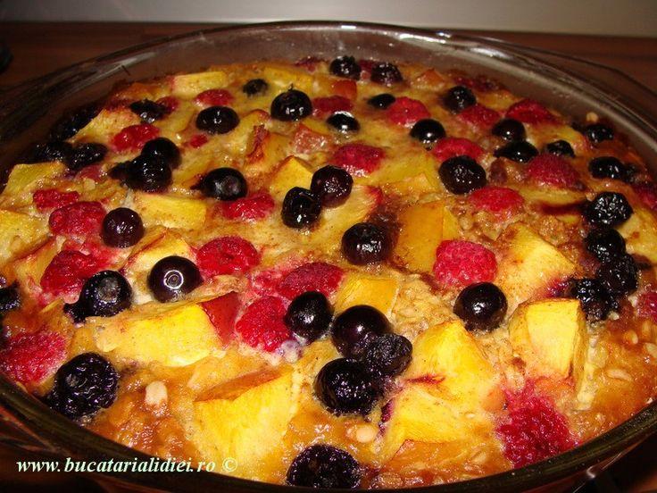 http://www.bucatarialidiei.ro/budinca-de-ovaz-cu-fructe/