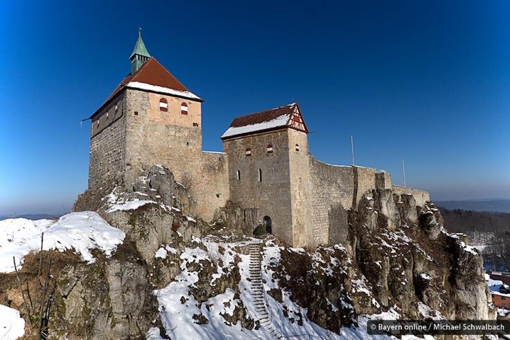 Burg Hohenstein bei Kirchensittenbach in der Hersbrucker Schweiz in der Frankenalb im Nürnberger Land