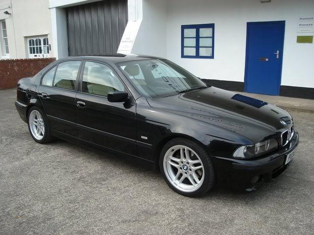 BMW E39 Black Sapphire