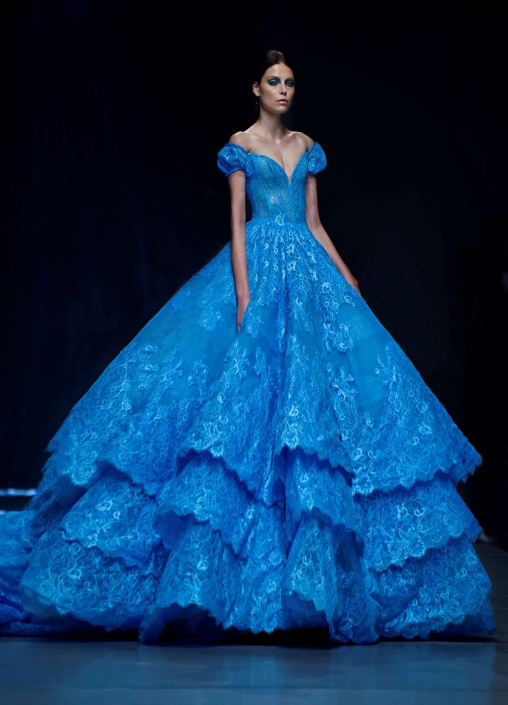 Love the dress, though it bothers me that the model looks absolutely emaciated - 2015 – Spring Summer | Michael Cinco Couture