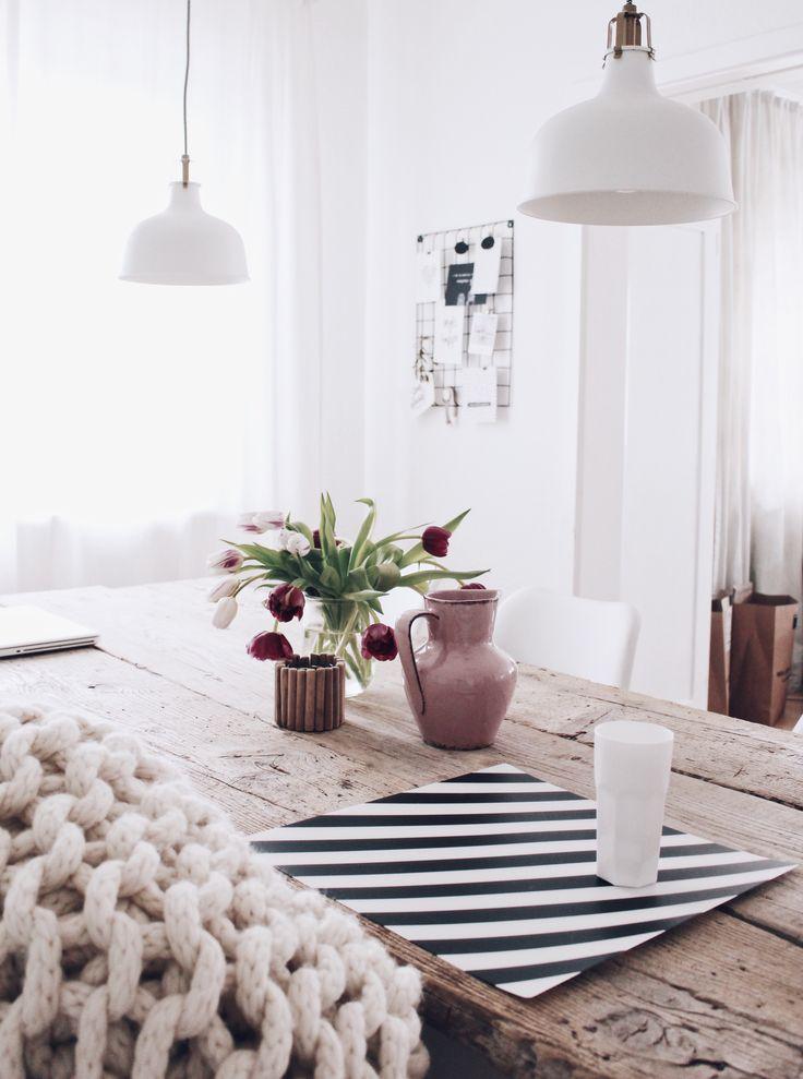 die besten 25 holztisch massiv ideen auf pinterest holztisch esstisch holztisch massiv. Black Bedroom Furniture Sets. Home Design Ideas