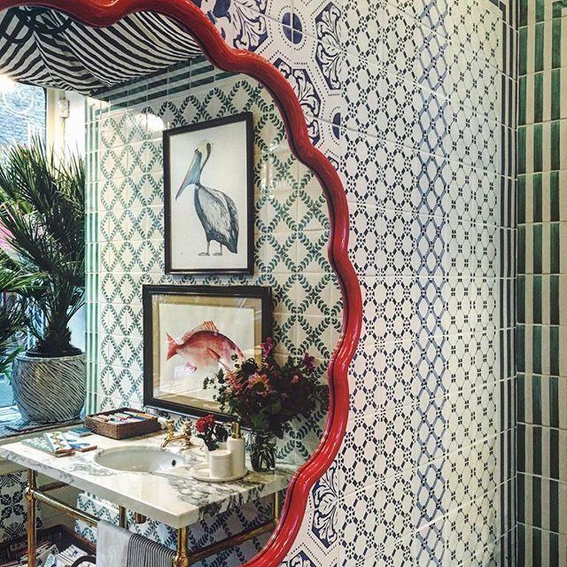 Party time. #london #interior #tiles #illustrations #balineum #interiordesign #flowers #bloomsbury #bathroom #vsco @sarah_balineum