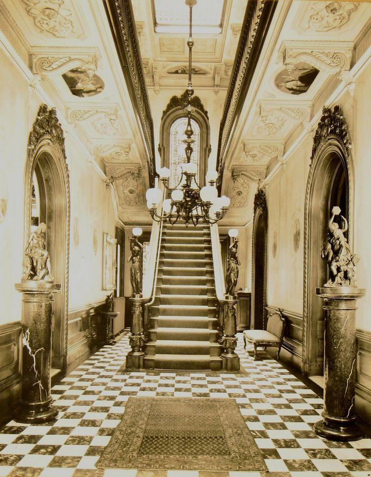 video portland victorian mansion - 736×945