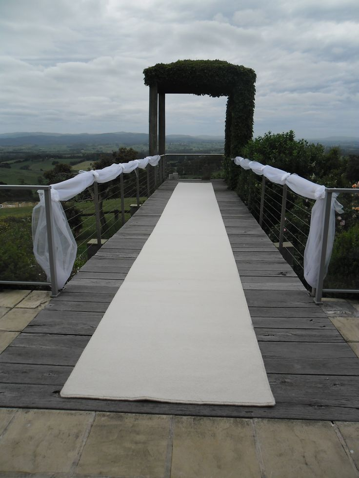 White carpet and swagging at Parnassus. Not much else is needed when you have such a gorgeous view.