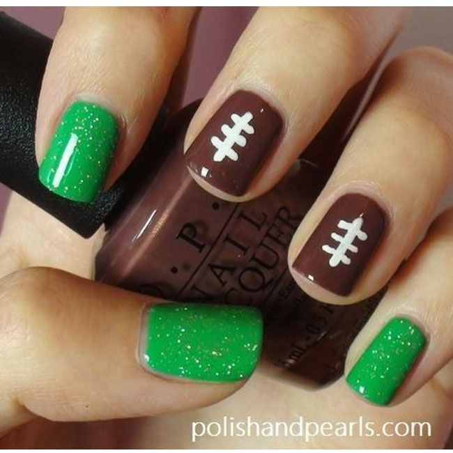 27 Football Nail Art Inspirations, Covergirls Fun Team Fanicures!