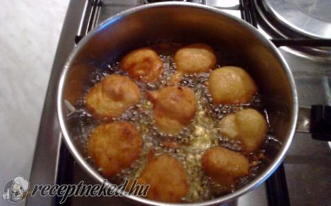 Fritule – gyors fánk recept fotóval