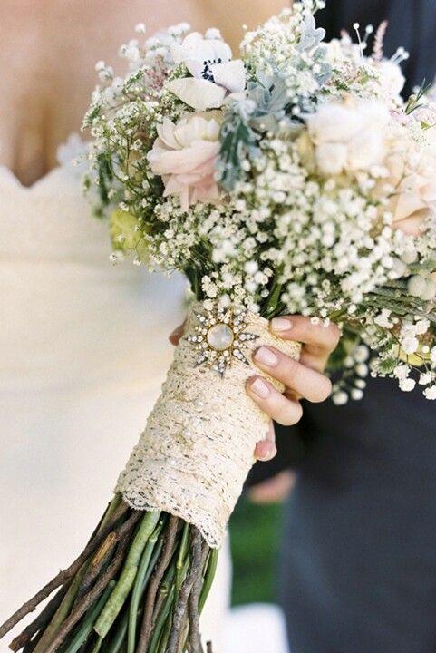 Romantic or Vintage theme wedding bouquet