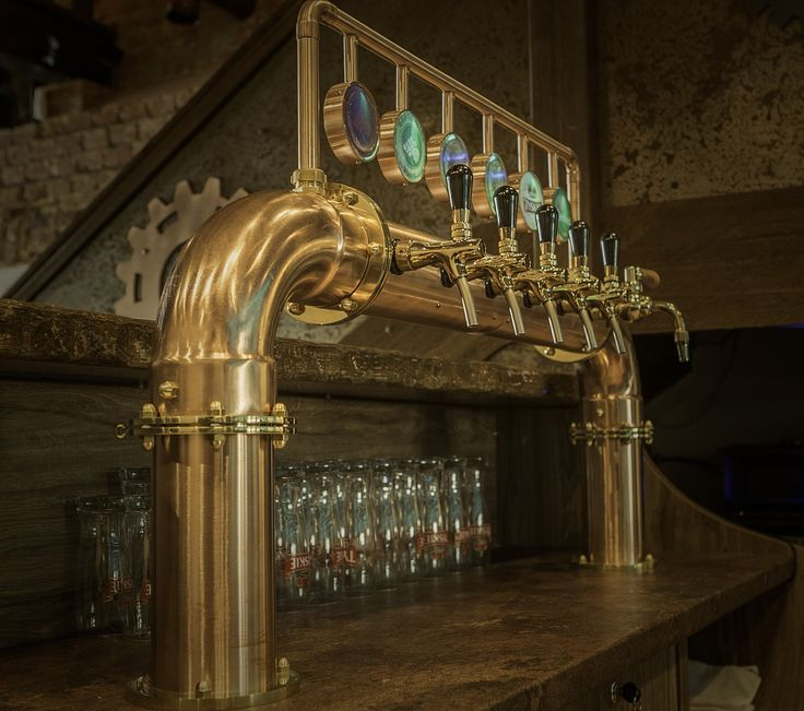 Copper beer tower, LED lences | nalewak miedziany bramka medaliony led