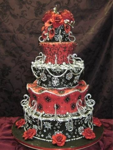 Gorgeous Goth Wedding Cake