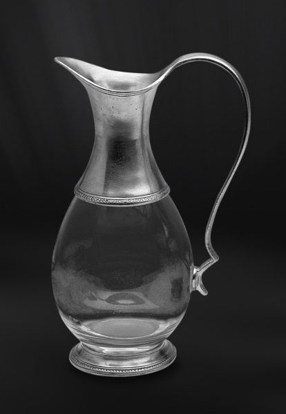 Pewter & Glass Jug - Height: 25 cm (9,8″) - Food Safe Product - #pitcher #jug #pewter #glass #caraffa #brocca #peltro #vetro #krug #zinn #glas #étain #etain #verre #pichet #peltre #tinn #олово #оловянный #tableware #dinnerware #drinkware #table #accessories #decor #design #bottega #peltro #GT #italian #handmade #made #italy #artisans #craftsmanship #craftsman #primitive #vintage #antique