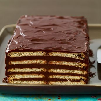"""Découvrez la recette gâteau aux """"petits bruns"""" sur cuisineactuelle.fr."""
