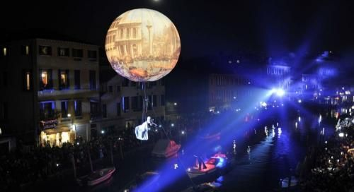 Veneto: Grande #apertura del #Carnevale di Venezia 2017: la festa veneziana sull'acqua (link: http://ift.tt/2jYeMdd )