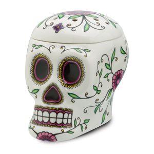RÉCHAUD SCENTSY CALAVERA DESCRIPTION  Un exemple renversant des énigmatiques et complexes crânes en sucre si présents dans l'art folklorique mexicain, Calavera est un remarquable festin pour les yeux. https://pascalmessina.scentsy.fr/shop/p/36932/rechaud-scentsy-calavera