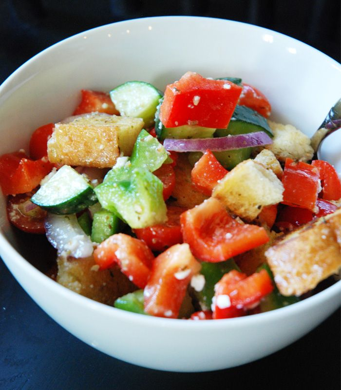 Greek SaladDressing Recipes, Fresh Greek, Salad Recipes, Deeks Greek, Dresses Recipe, Farms Fresh, Famous Greek, Chunky Greek, Greek Salad