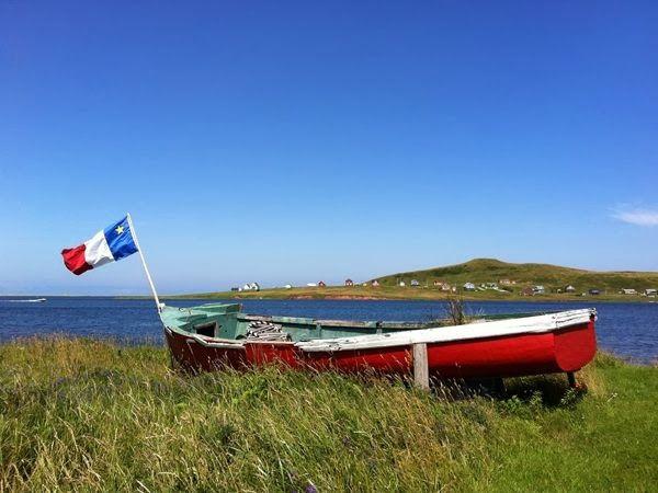 Drapeau acadien au Iles de la Madeleine.