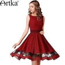Картинки по запросу платье с вырезом лодочкой