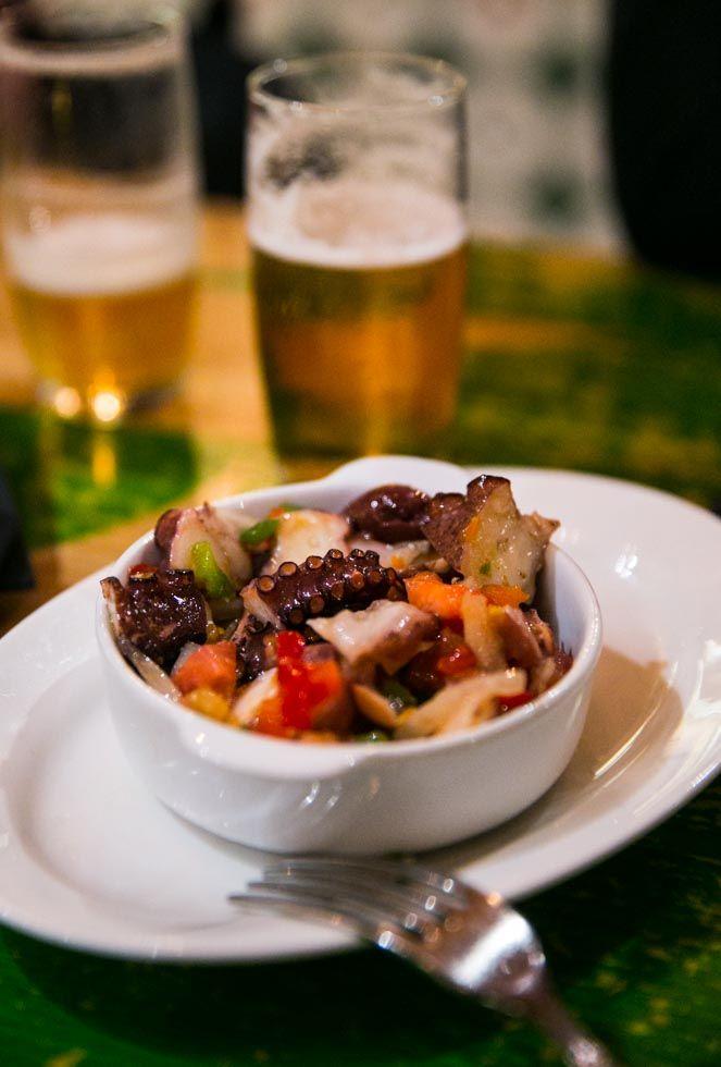 Mustig ragu med högrev och pasta
