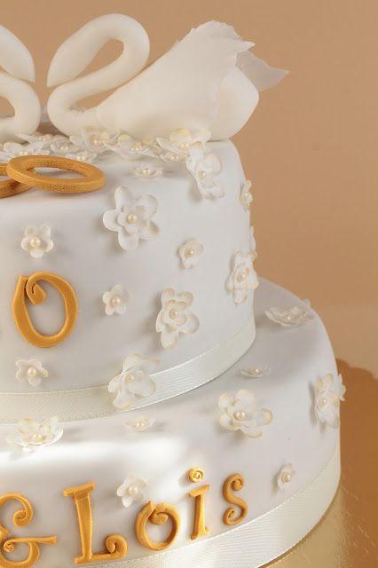 Fondant Torte Golden Hochzeit Goldene Hochzeit Schokoladen Torte Hochzeitstorte 50 Hochzeitstag Kuchen Ideen