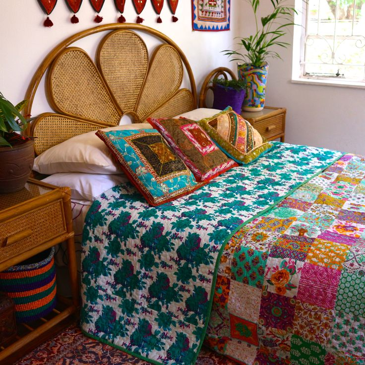 Minty Patchy Rosy Double sided Quilts - show both sides to create layers  #quilt #bohemiandecor #bohemianbedding
