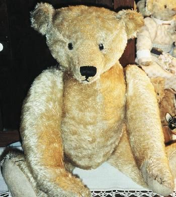 Of Jewish-German heritage, Bing eventually was forced into bankruptcy in 1932, but the company left a legacy of some of the finest bears and toys ever made.  The quality and detail make Bings among the highest-selling items at auction.    ~The 18-inch cinnamon teddy bear shown is in excellent condition and commands $4,000 and up on the market today. Bing marked its bears in several ways.