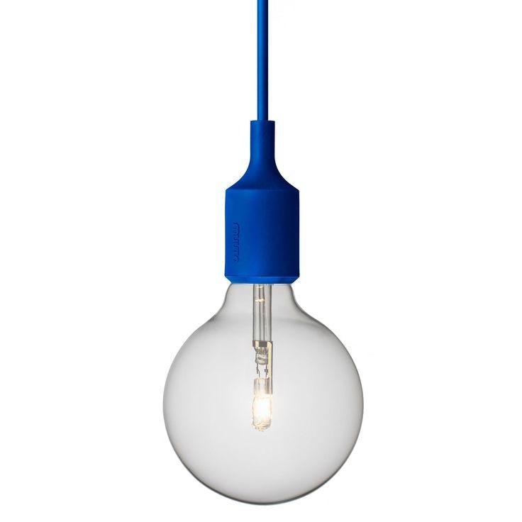 E27 lampe, blå i gruppen Belysning / Lamper / Taklamper hos ROOM21.no (102564)
