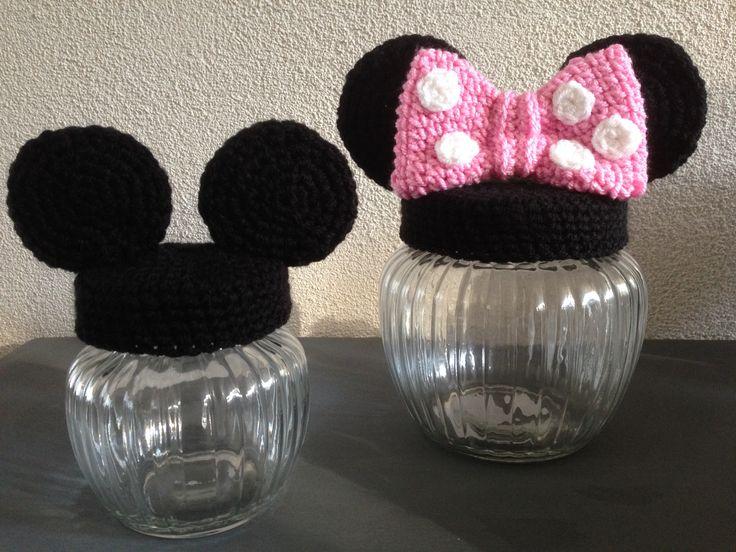 mickey & minnie mouse jar
