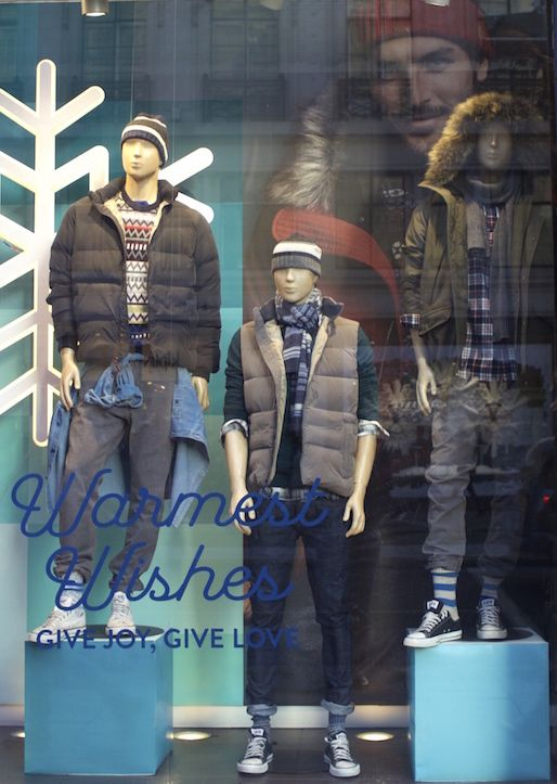 @gap on #RegentStreet are sending your their warmest wishes this #Christmas.