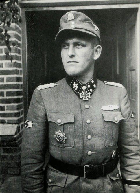 SS-Obersturmbannführer Hans Dorr (7 April 1912 - 17 April 1945)