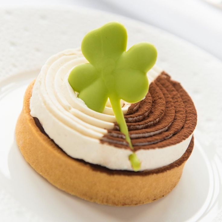 Treat yourself to an Irish Coffee Tart from our St. Patricks Day themed cake trolley. That little chocolate shamrock is irresistible! #StPatricksDay #AdareManor #BeyondEverything . . . . . #Adare #Limerick #Ireland #LoveAdareManor #luxurytravel #luxury #travelgoals #lhwtraveler #leadinghotelsoftheworld #virtuoso #castle #luxuryhotel #castlehotel #travel #traveling #trip #instatravel #travelgram #wanderlust #beautifuldestinations #passionpassport #vacation #holiday #nofilter #cake #cakes