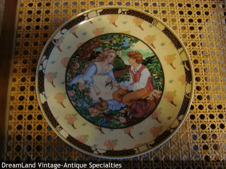 Heinrich W Germany Roses are Red collector plate - MAKE $ OFFER DreamLandSpecialties & 895 best collector plates images on Pinterest | Dishes Decorative ...