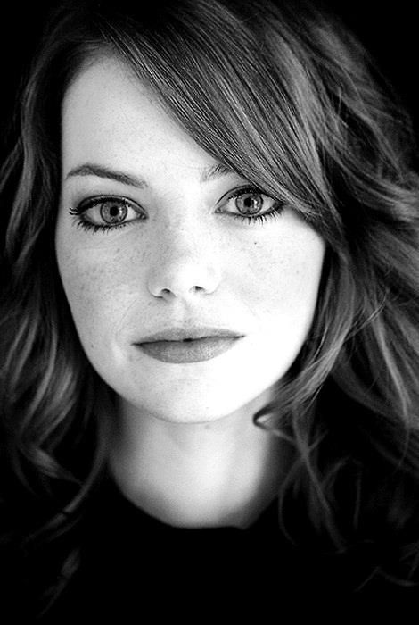 Emma Stone - she is actually a member of new, young Hollywood that I can tolerate. Most of them are obnoxious and overrated!
