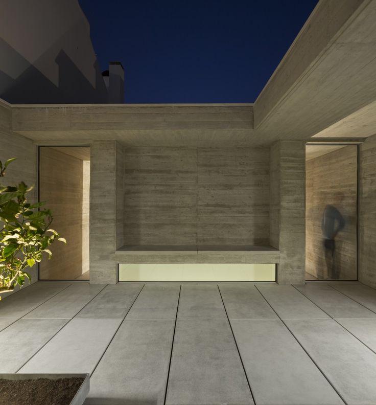 House in Lisbon / ARX PORTUGAL Arquitectos