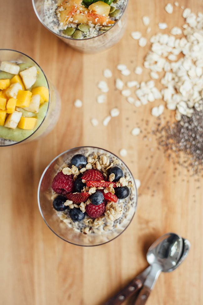 Overnight Oats with Chia Seeds – 3 Ways for Summer | http://hellonatural.co/overnight-oats-with-chia-seeds-3-ways-for-summer/