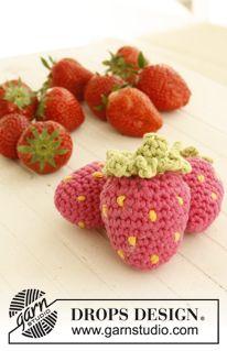 """Hæklet DROPS jordbær i """"Paris"""" ~ DROPS Design"""