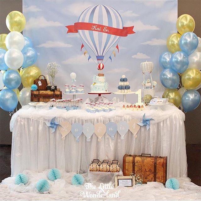 Festa linda e delicada com tema Balões por @thelittle_wonderland  #kikidsparty