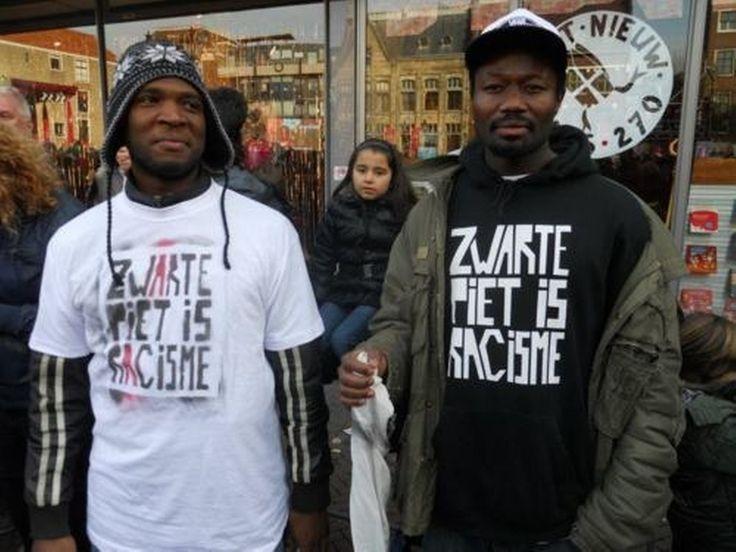 """Actiegroep Kick Out Zwarte Piet (KOZP) vertrekt zaterdag met """"vier volle bussen"""" vanuit Amsterdam en Rotterdam naar Meppel om bij de landelijke intocht van Sinterklaas te demonstreren tegen Zwarte Piet. Ook zullen mensen met het openbaar vervoer en eigen vervoer naar de Drentse stad komen, liet de organisatie weten."""
