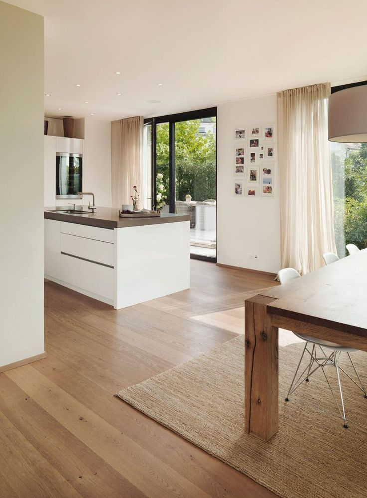 Meier Architekten Design a luminous contemporary house in Uitikon, Switzerland